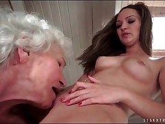 Age-old haired granny chow out shaved young pussy