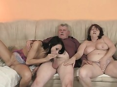 Her beau enters the midst of 3some with his family